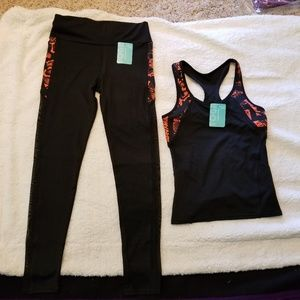 Other - NWT 2-piece Yoga Outfit